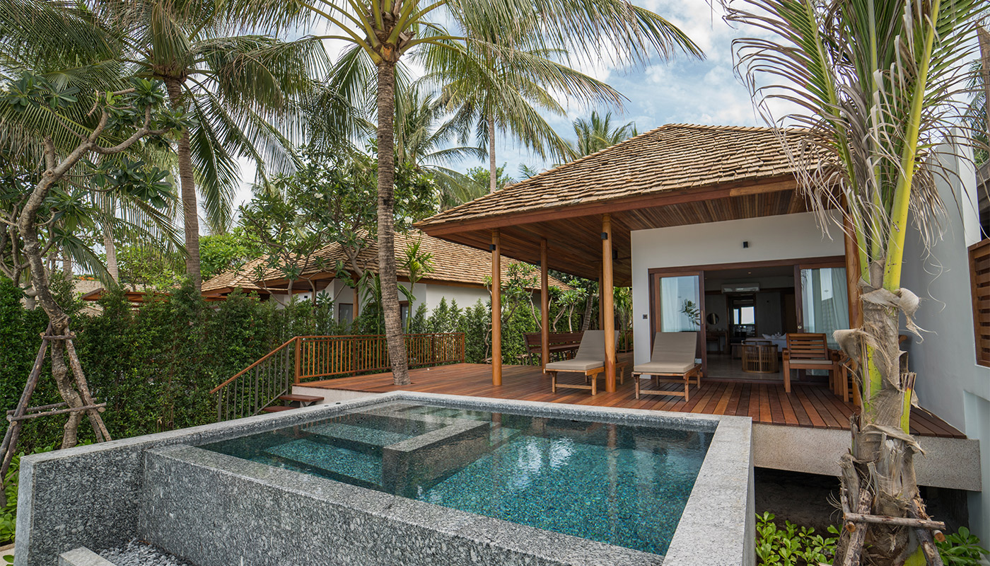 Beach Front Suite with Private Pool - Banana Fan Sea Resort